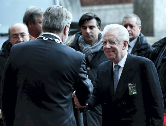 Monti seeks to calm markets and EU leaders on Italy's future