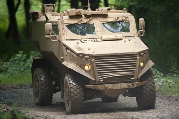 Supera i 100 km/h il Foxhound,blindato dell'esercito inglese