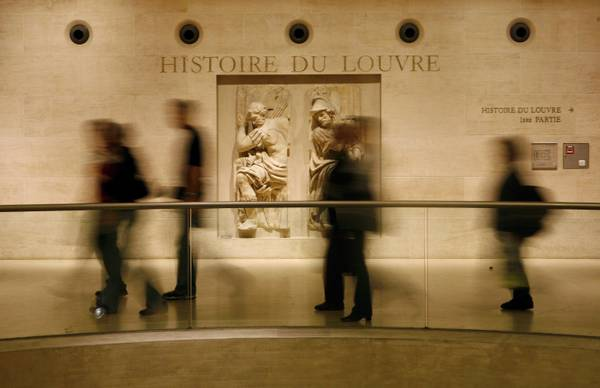 Louvre Museum most visited art venue in 2011 [ARCHIVE MATERIAL 20090516 ]