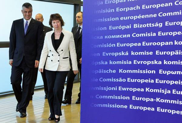 Prime Minister of the Republic of Kosovo Hashim Thaci and Catherine Ashton at the European Comission (archive photo)