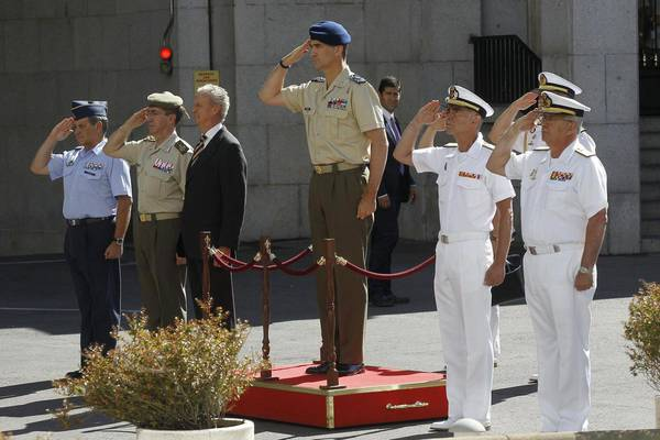 King Felipe's first visit to the Defense Chief of Staff (archive)