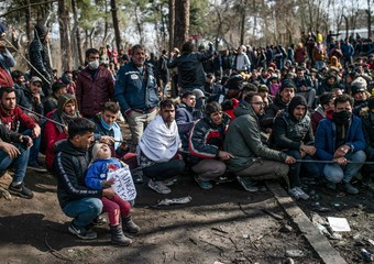 Turkey quarantines migrants at Greek border