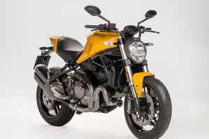 Ducati rinnova l'iconico Monster 900 (ANSA)