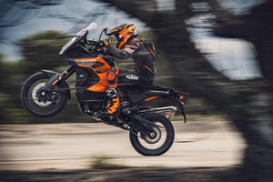 KTM 1290 Super Adventure S (ANSA)